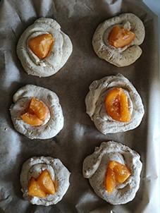 Bułki przed włożeniem do piekarnika